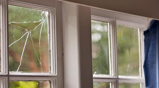 Window Repair Sure Guard Construction 650×360